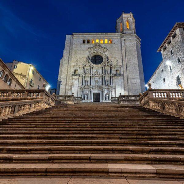 street-escape-turistas-Girona
